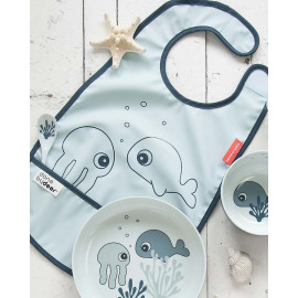 Bavaglino impermeabile con tasca done by deer sea friends blu